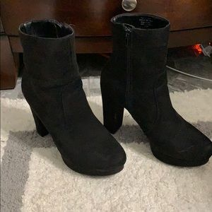 Suede Boots Bar III SIZE 7.5